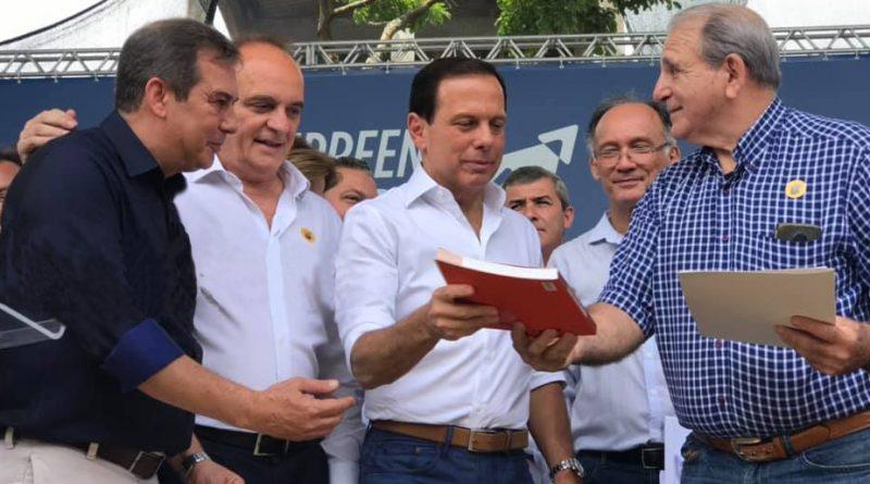 Governo de SP realiza ações de regularização fundiária no Vale do Ribeira durante visita do Governador