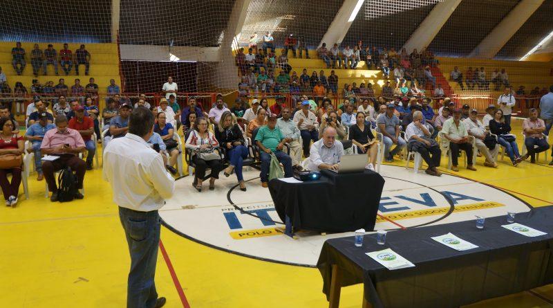 Mais 200 produtores rurais comparecem na audiência pública realizada em Itapeva