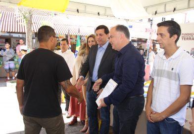 Governo de São Paulo entrega títulos de propriedade no Vale do Ribeira e no Vale do Paraíba